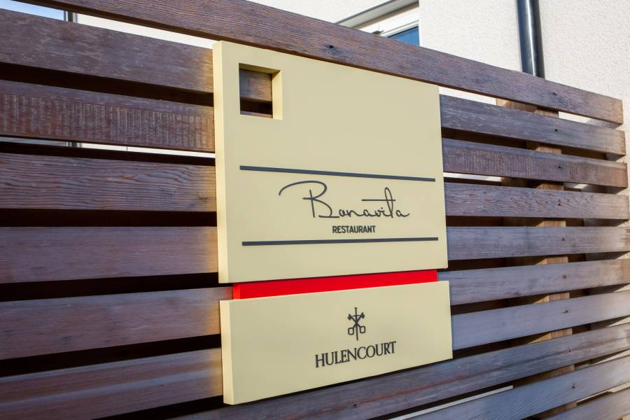 Hulencourt aluminium tray format restaurant sign with raised acrylic lettering